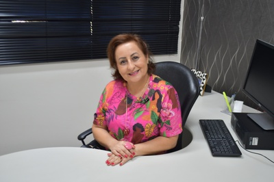 Eliege Cristina Machado Signorelli